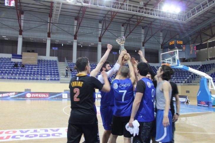 მათე გოგრიჭიანის მემორიალური თასი 51-ე საშუალო სკოლის გუნდმა მოიგო