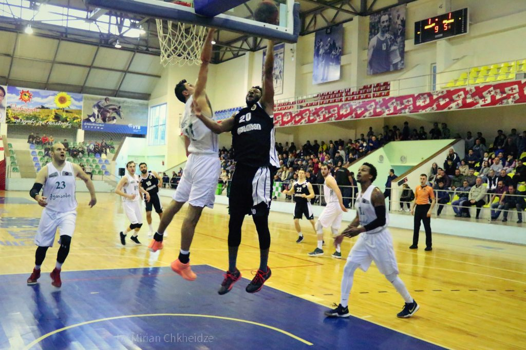 Rustavi opened the semi-final series with victory in Kutaisi