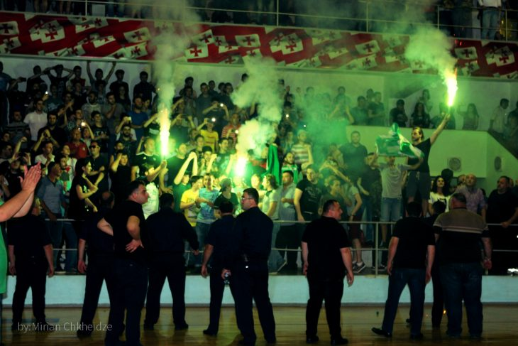 Kutaisi defeated Rustavi in a tense fight and will play in the finals