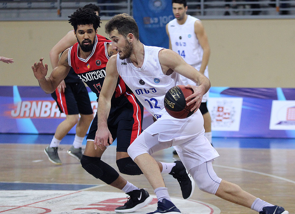 TSU-Hyundai gained its 5th victory in a row against Batumi