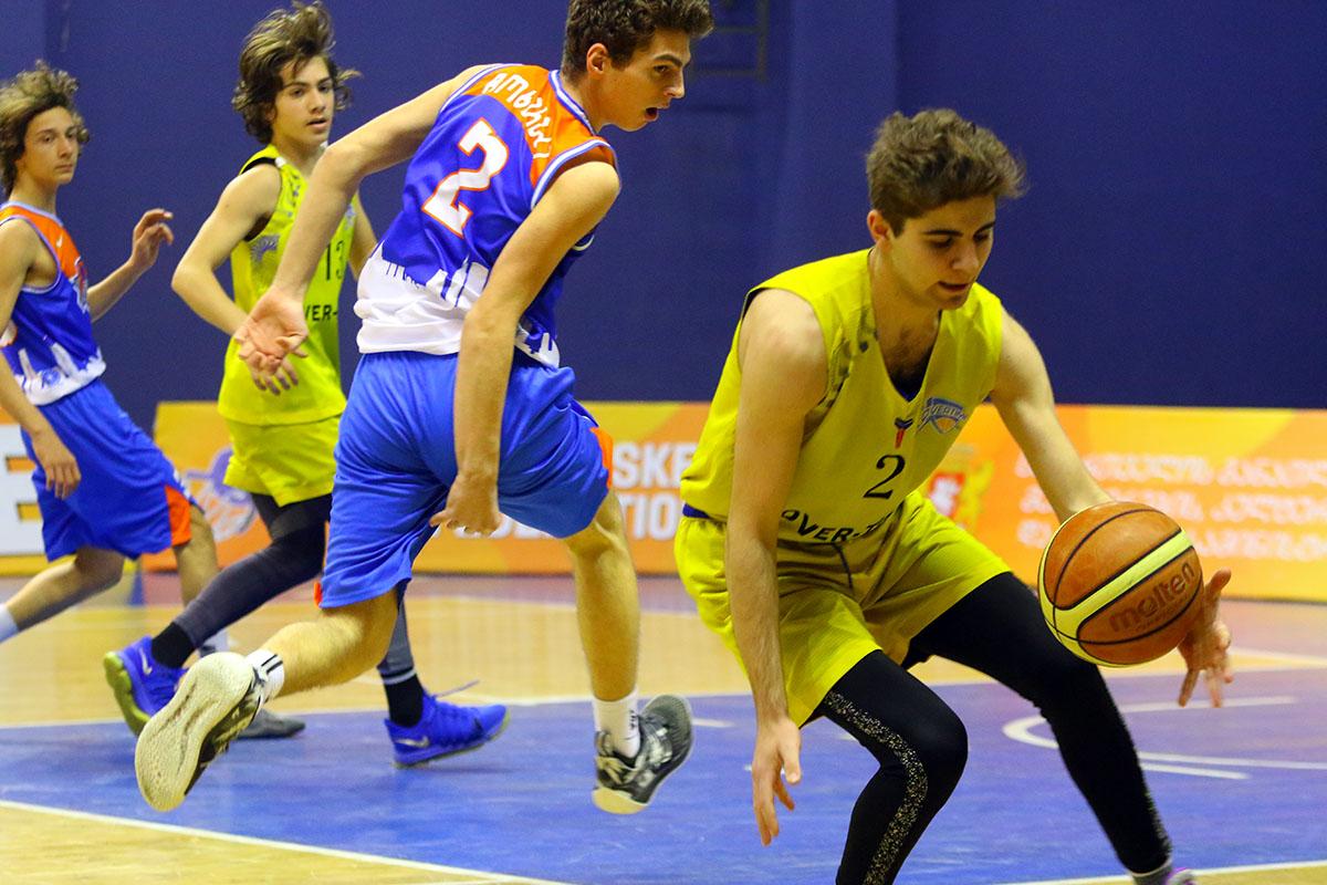 ოლიმპიურ სასახლეში საქართველოს 16-წლამდელთა ჩემპიონატის 6 მატჩი გაიმართა