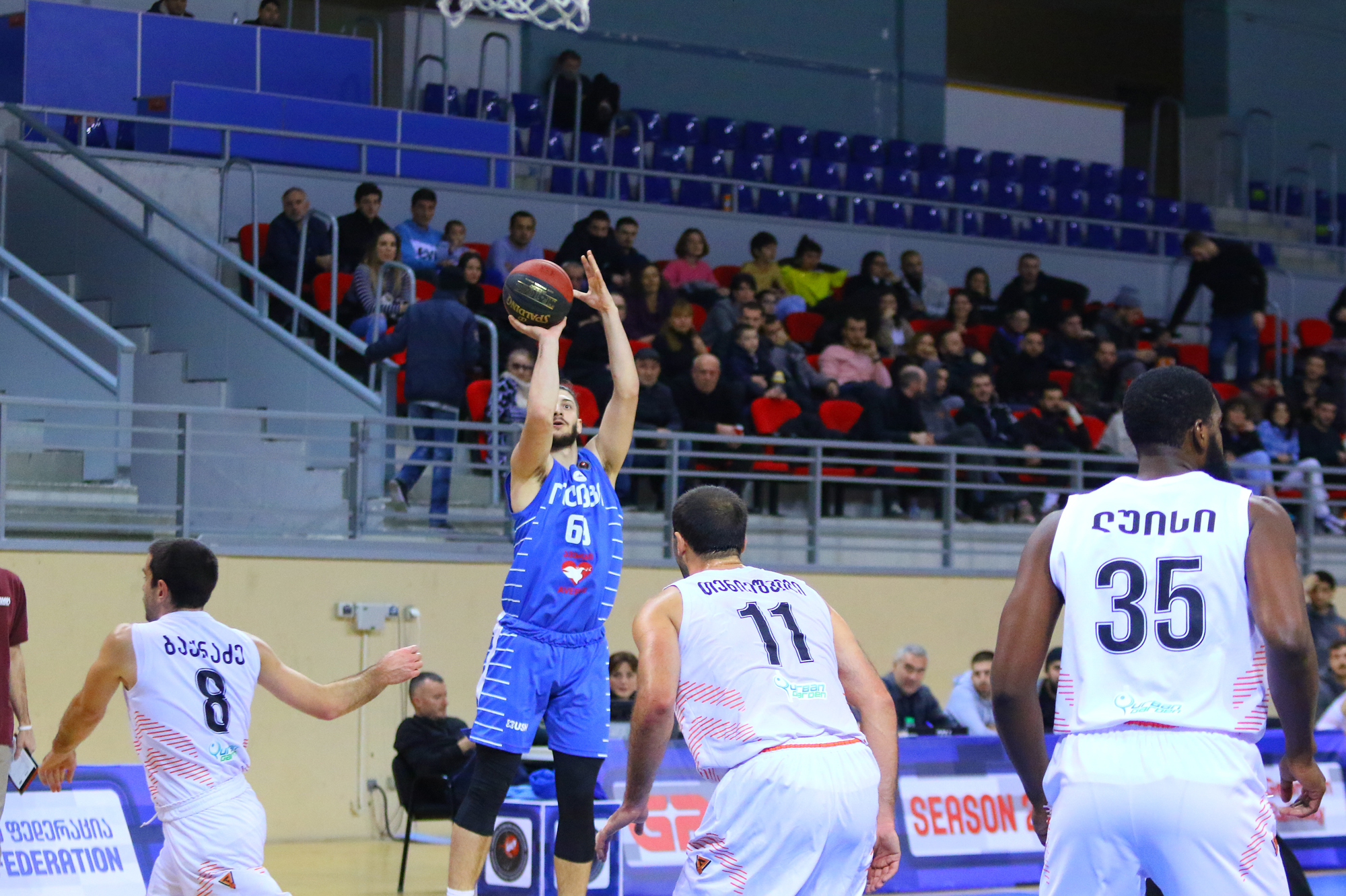 Olimpi's convincing victory and 15 three-pointers