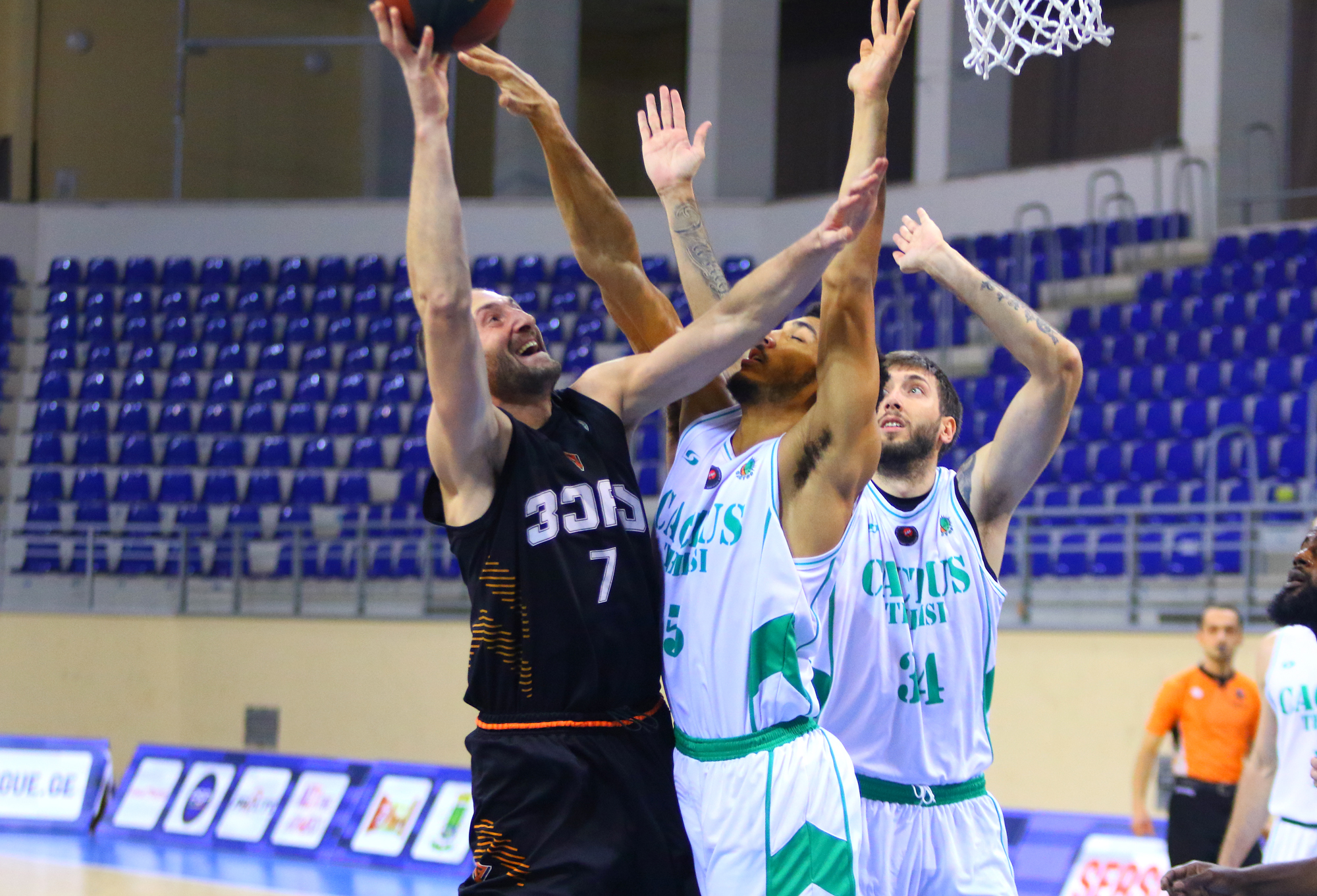 Vakhtang Qadaria's 27 points and Vera's 4th victory in the Superleague
