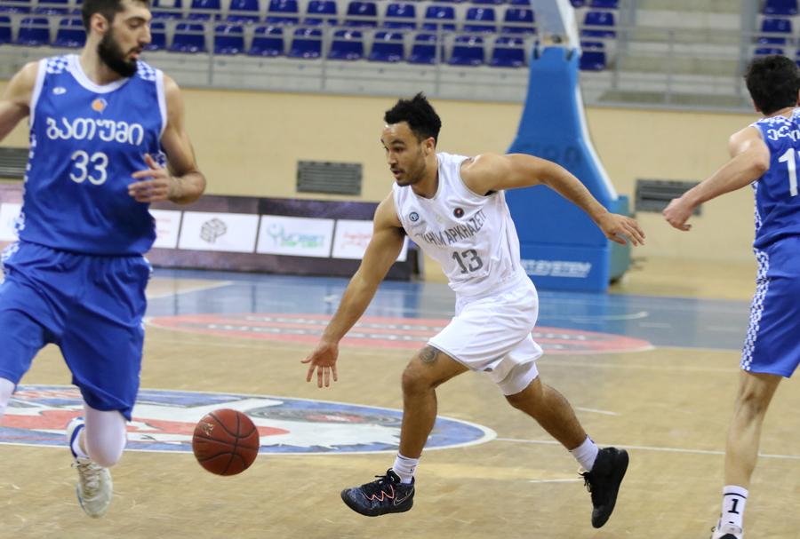 8 three-pointers of Tyler Green and Tskhum-Apkhazeti's easy victory over Batumi