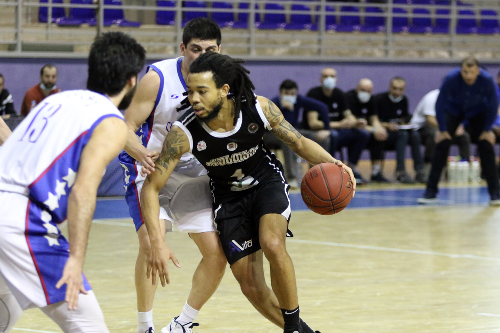 Rustavi defeated Titebi in the last seconds