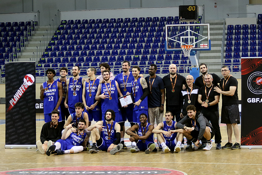 Dinamo Tbilisi is the owner of bronze medals of the Super League